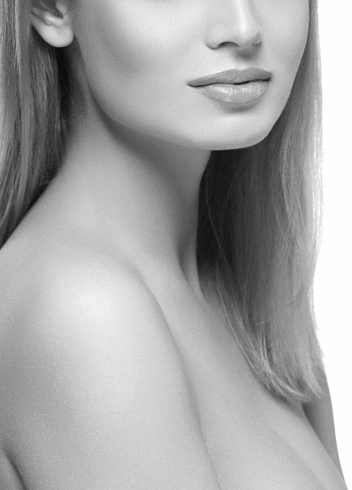 Highly Experienced Practitioners - Jawline Treatment London 690x960