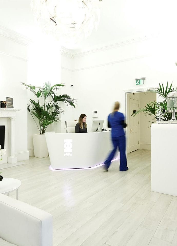 What To Look Out For When Booking Treatment  - PHI Clinic London Harley Street 690x960